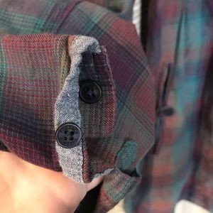 Toad&Co Tops - Toad & Co. plaid shirt with POCKETS!